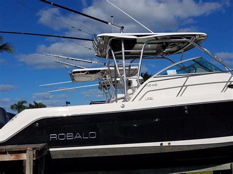 robalo boats walkaround 2013 used robalo r245 walkaround fishing boat for sale