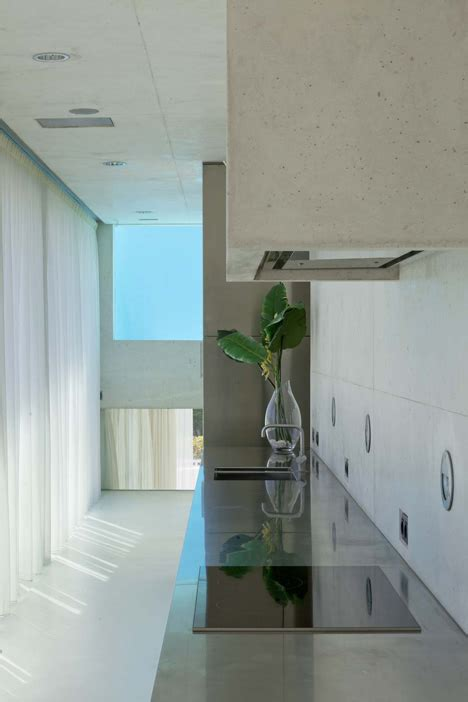 wiel arets jellyfish house   elevated pool   glass floor
