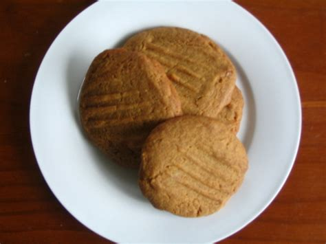 Monasari Butter Cookies With Syrup golden syrup butter cookies recipe food