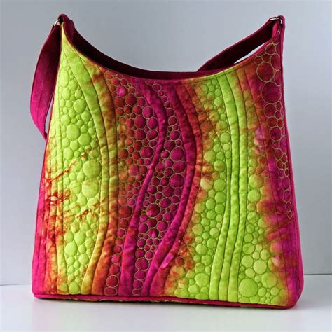 Handmade Quilted Purses - 25 best ideas about quilted handbags on