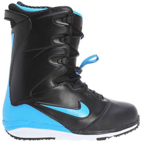 nike lunarendor snowboard boots s at moosejaw