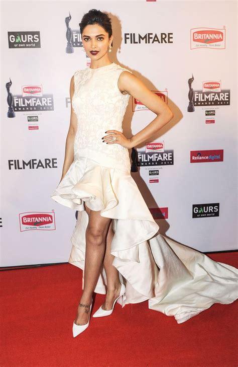 deepika padukone awards best dressed celebrities at the filmfare awards 2015