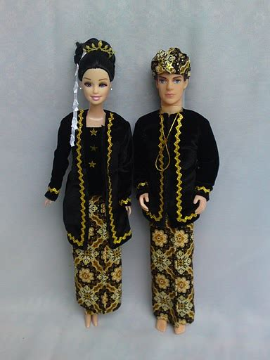Baju Adat Jawa Timur Cowok boneka baju adat www rieriecollection