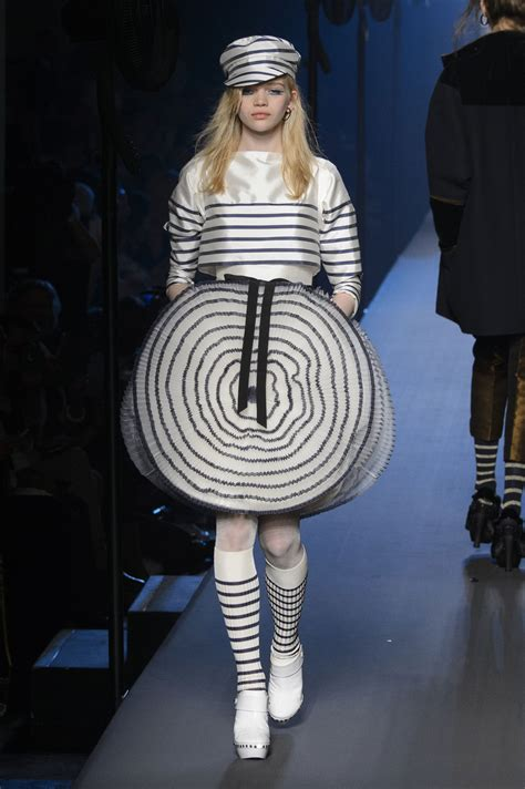Jean Paul Gaultier Is All About Purity by Jean Paul Gaultier Haute Couture Jesień Zima 2015 2016