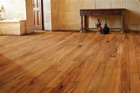 The Best Ceramic Tiles That Look Like Hardwood Floors