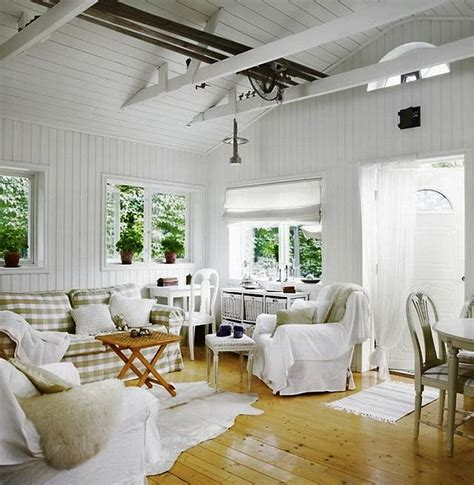 scandinavian farmhouse design best 25 scandinavian cottage ideas on pinterest attic