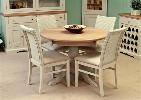 Extending Circular Dining Table Andrena Cotswold Circular Extending Dining Table Midfurn