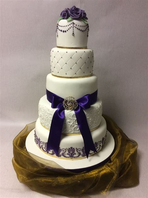 1000 images about purple themed wedding cakes on