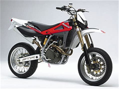 Leichtes Motorrad 250ccm by Husqvarna Sm 510 R Teszt