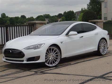 Model S Tesla Msrp 2012 Tesla Model S P85 White On Black 22 Quot Wheels 1 Owner