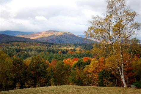 fall colors in maine leaf peeping in maine karenhammond s