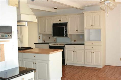 bloombety painted color ideas for kitchen cabinets paint bloombety modern kitchen color schemes with floor tile