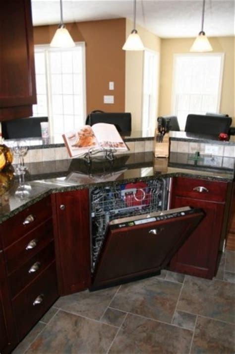 paint colors for uba tuba granite 16 best cabinets with uba tuba granite images on