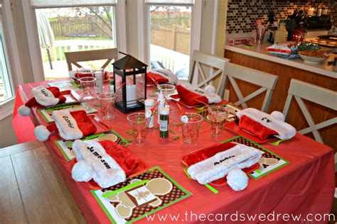 Dining Room Table Decorating Ideas For Christmas by Holiday Entertaining With A Christmas Cookie Decorating