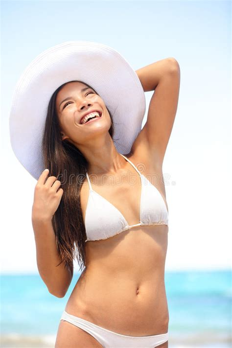 7 Sexiest Hats To Keep The Sun Away by Wearing At The Stock Photo Image