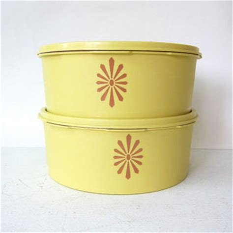 Tupperware Compact Canister 4pcs Pink Kuning shop tupperware containers on wanelo