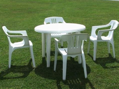 tavoli di plastica da giardino tavoli da giardino in plastica tavoli da giardino
