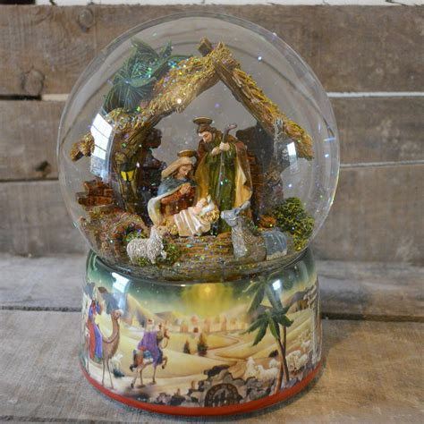 process of manufacturing snow globe best 28 musical snow globe 49 best snow globes galore images on water
