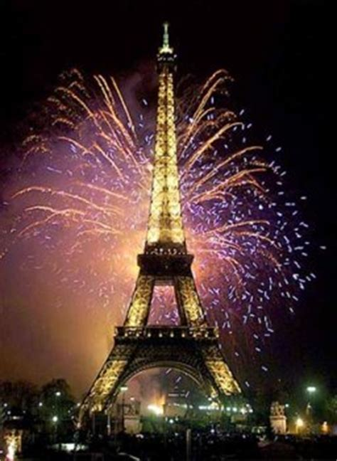 eiffel tower new years new year s in