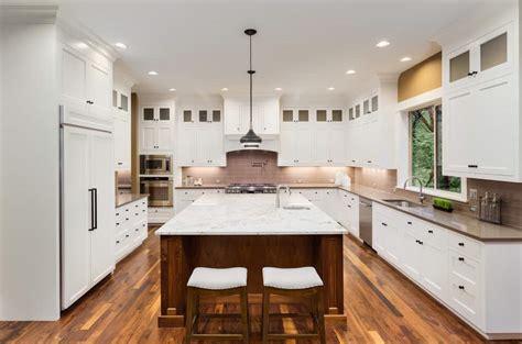 kitchens  white countertops photo examples