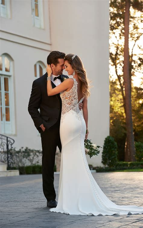 Backless Sheath Dress backless wedding dresses backless sheath wedding gown
