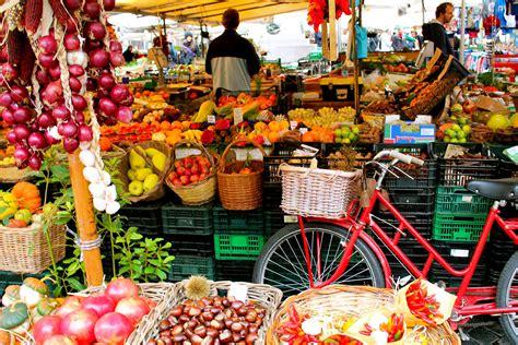 roma mercato dei fiori the market of co dei fiori port mobility civitavecchia
