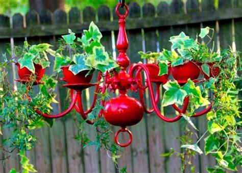 ideas de macetas  jardineras originales recicladas