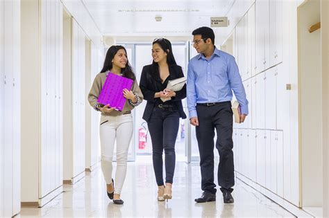 Mba In Hr In Mumbai by Profiles After Mba In Hr Dizijobs