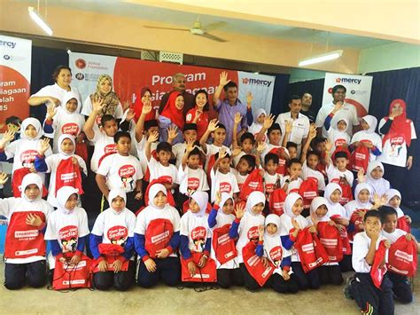 airasia foundation east coast relief fund school preparedness programme