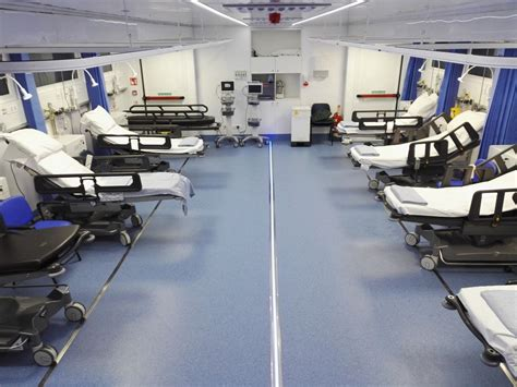mobile theatre vanguard healthcare mobile ward interior vanguard healthcare office