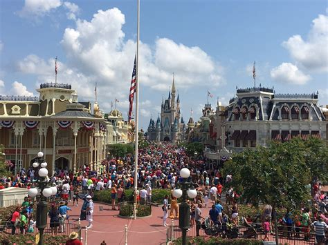 themes park disney disney quietly raises theme park admission prices again