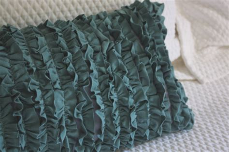 Diy Ruffle Pillow by Simple Sewing Projects For 18 Of Them Bored