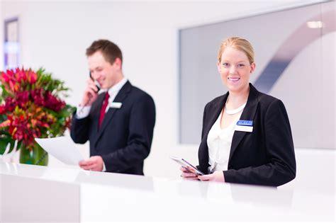hospitality management programs 80 online hospitality hotel management course masters degree bmihms