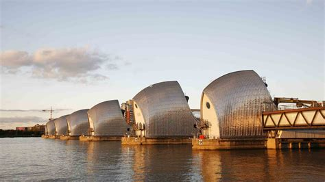 thames barrier school visit business studies trips to london england rayburn tours