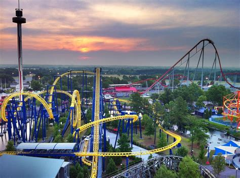 theme park north carolina carowinds amusement park charlotte pinterest