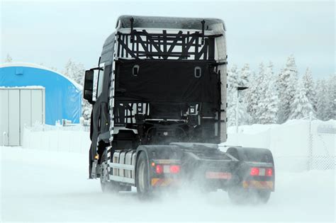 hyundai test track hyundai tests a new truck