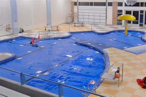 covered swimming pool thermal swimming pool covers spectrum products