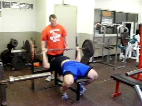 225 bench press test hqdefault jpg