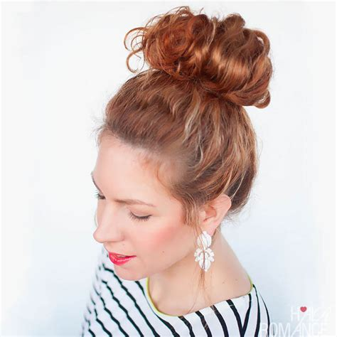 quick and easy romantic hairstyles 5 quick and easy curly hairstyles to beat the humidity