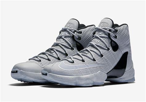 Sepatu Basket Nike Lebron 13 Elite nike lebron 13 elite wolf grey 864942 001 sneakernews