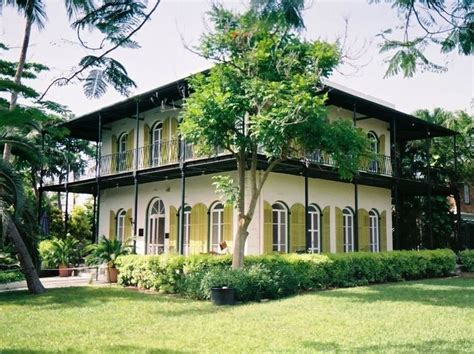 hemingway home key west hemingway house key west wanderlust stuff pinterest