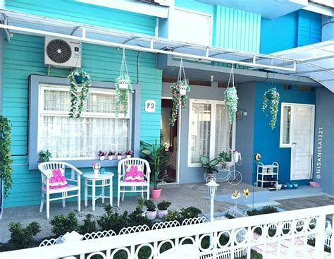 rumah minimalis biru putih