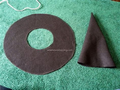 How To Make A Witch Hat Out Of Paper - no sew witch s hat spookyspaces while he was napping