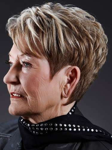 hair color pictures for ovre 60 chic over 60 hair styles