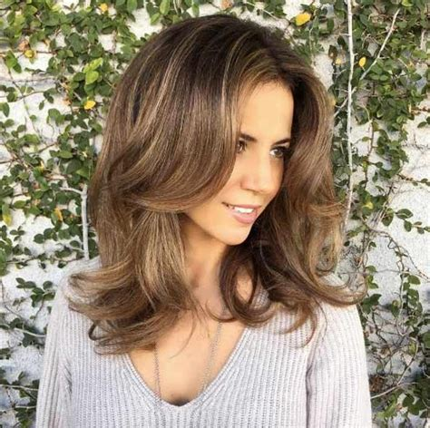 most flattering hair length 2018 latest medium to long hairstyles for thin hair
