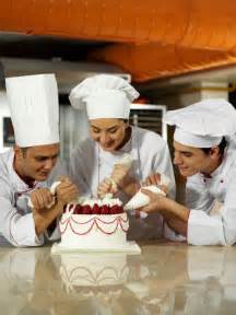 Pastry Chef Description by What Skills Do I Need In Order To Become A Pastry Chef