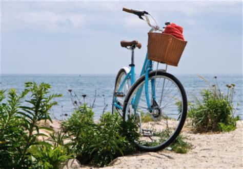 cape cod bicycle 6 best restaurants near the cape cod rail trail captain
