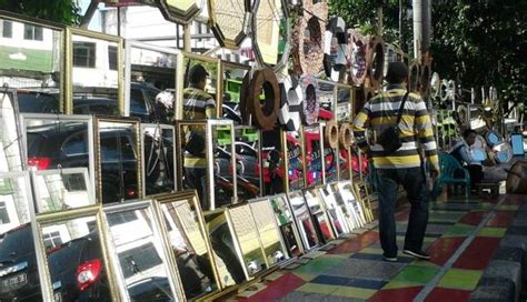 Cermin Pejompongan penjual cermin hias di bandar lung raup untung