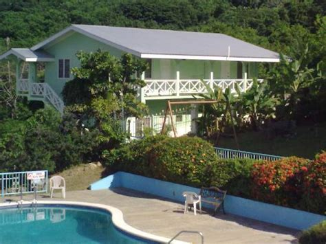 houses in tobago with pool 301 moved permanently