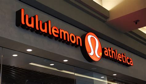Planet Lulu 0pens Tomorrow by Shore Shopping Lululemon S Pop Up Shore Store Opens